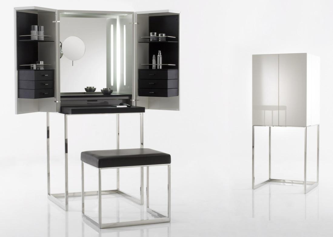 schminken de luxe. Black Bedroom Furniture Sets. Home Design Ideas